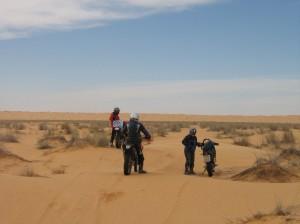 fahrt zum wüstencampingplatz
